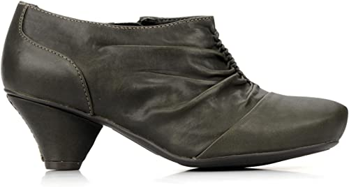 clarks shoes for work
