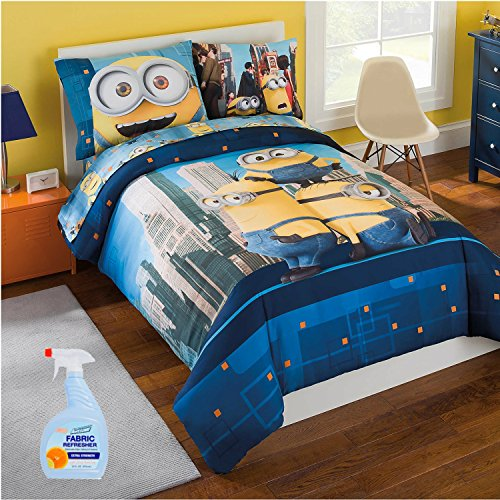 Minions 6-Piece FULL Size Kids Bed in a Bag Reversible Comforter Set, Made of 100% Polyester with BONUS Fabric (Kids Hobbit Feet)