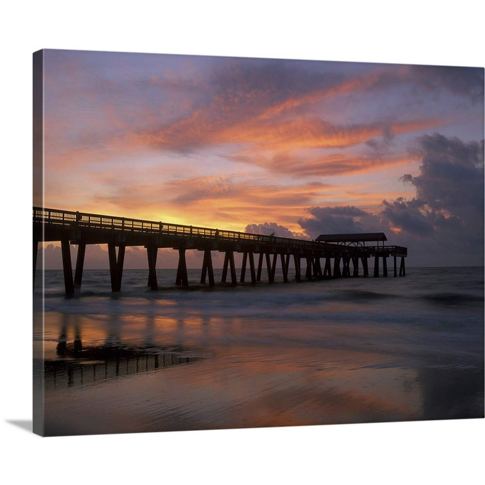 Joanne Wellsプレミアムシックラップキャンバス壁アート印刷題名Georgia Tybee Island、Pier At Sunrise With反射上の雲のビーチ 30
