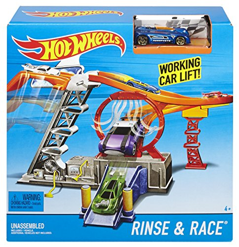 Hot Wheels Rinse & Race With Working Car Lift, Ages 4 years+