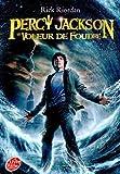 vignette de 'Percy Jackson n° 1<br /> Le voleur de foudre (Rick Riordan)'