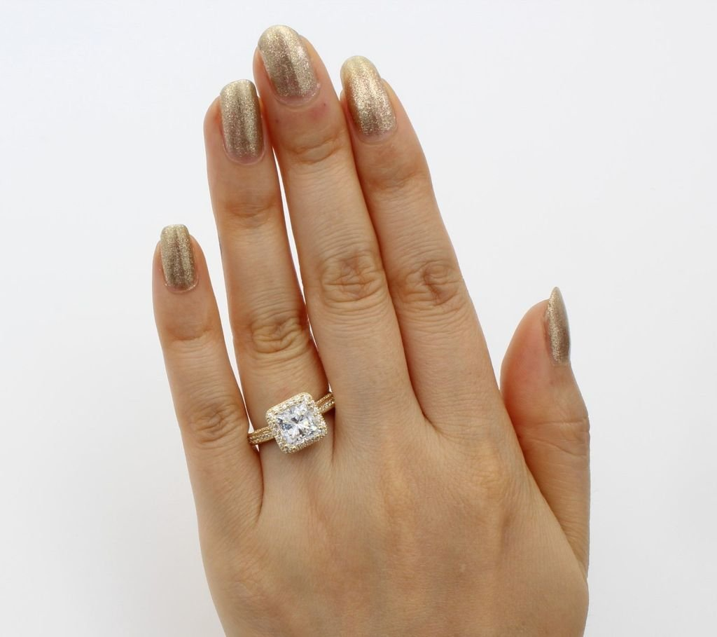14K Solid Yellow Gold Cubic Zirconia Princess Cut Halo Wedding Engagement Ring with Side Stones, Size 7 by Paradise Jewelers (Image #3)
