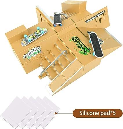 Mini Fingerboard Finger Skateboard /& Skate Ramp Skate park Play Set Kids Toy