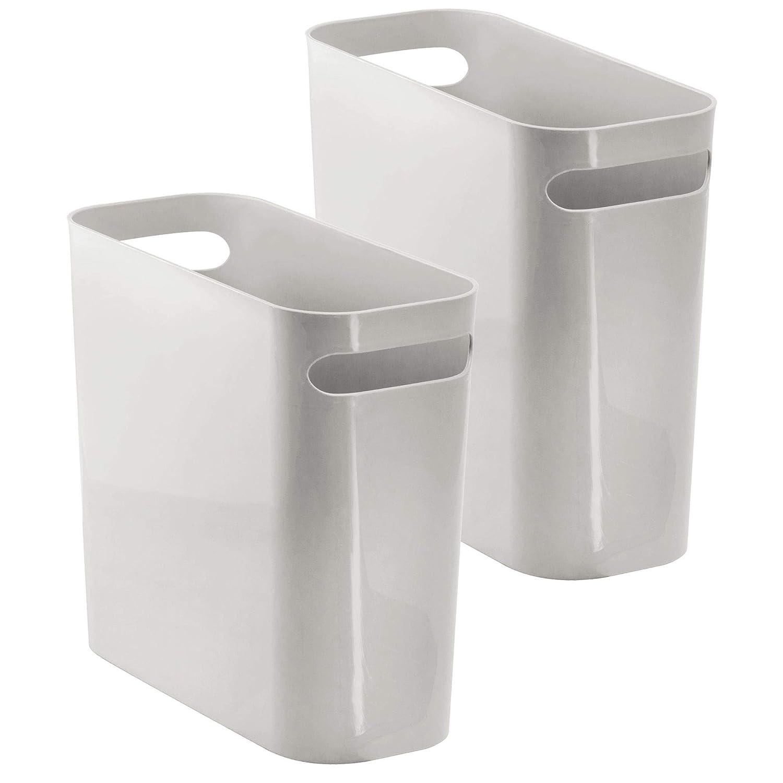 mDesign Bidone Spazzatura con manici – Ideale come cestino spazzatura o pattumiera raccolta differenziata – Plastica resistente – Per cucina, bagno o ufficio – Design elegante – Grigio Chiaro - Confezione da 2 MetroDecor