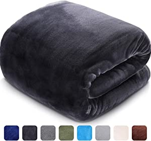 LEISURE TOWN Fleece King Size Blanket for Fall Winter Spring All Season 330GSM Warm Fuzzy Extra Soft Throw Fleece Summer Autumn Blankets for Couch Bed Sofa, 108 by 90 Inches, Dark Grey