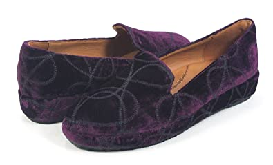 L'Amour Des Pieds Carsoli Black Velvet Embroidered Low Wedge Shoe 8.5 New