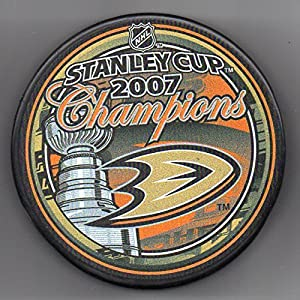 Anaheim Ducks 2007 Stanley Cup Champions Official NHL Puck + FREE Puck Cube