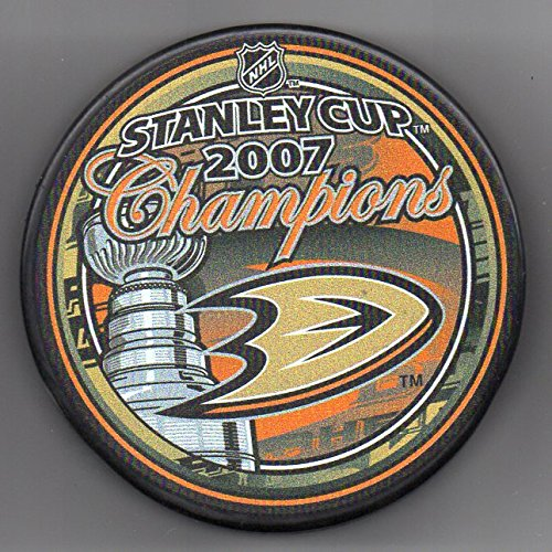 Signed Anaheim Ducks - Anaheim Ducks 2007 Stanley Cup Champions Official NHL Puck + FREE Puck Cube