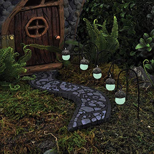 Glowing Acorn Path Lights - Set of 5