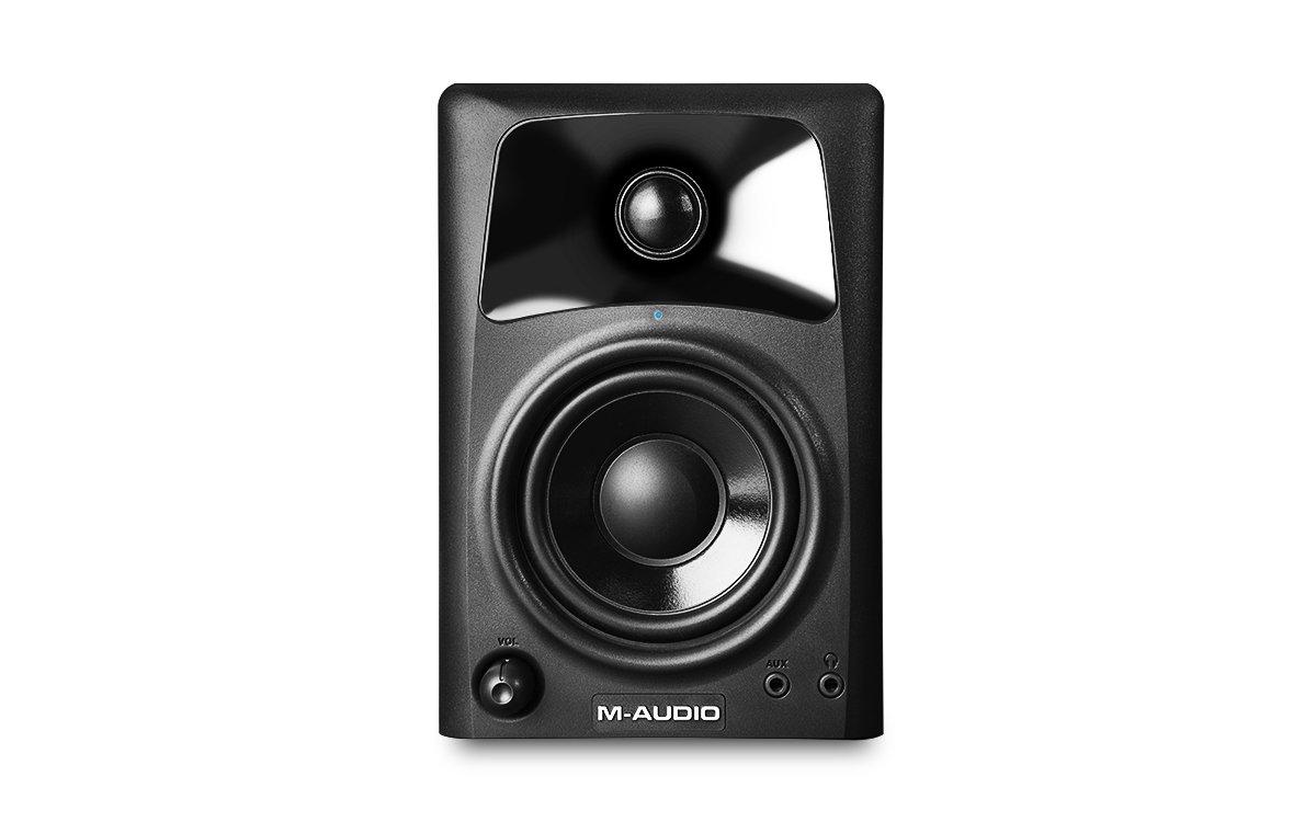 M-Audio AV32 - Altavoces monitores de escritorio estudio activos, para reproducción multimedia con audio y referencia para la creación audiovisual inMusic Europe Limited 103294