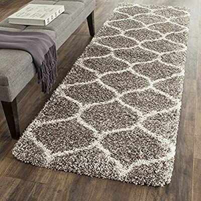 """Safavieh Hudson Shag Collection SGH280B Grey and Ivory Moroccan Ogee Plush Runner (2'3"""" x 8') - Safavieh's Hudson Shag Ogee Trellis Rug with 2,000+ customer reviews Contemporary visually intriguing Moroccan inspired geometric pattern for a designer look in any room Luxurious and plush, the Hudson shag rug promotes an incredibly soft feeling underfoot - runner-rugs, entryway-furniture-decor, entryway-laundry-room - 611ZeC7rDUL. SS400  -"""