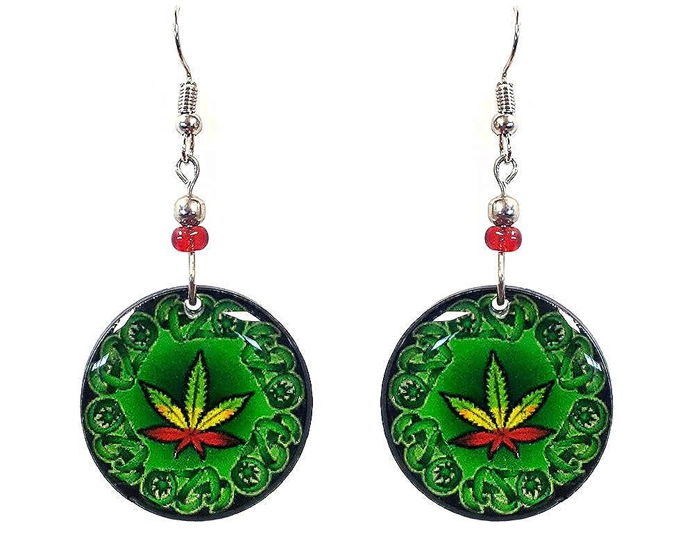 Amazon com mia jewel shop marijuana weed pot leaf rasta 420 green round dangle earrings round jewelry