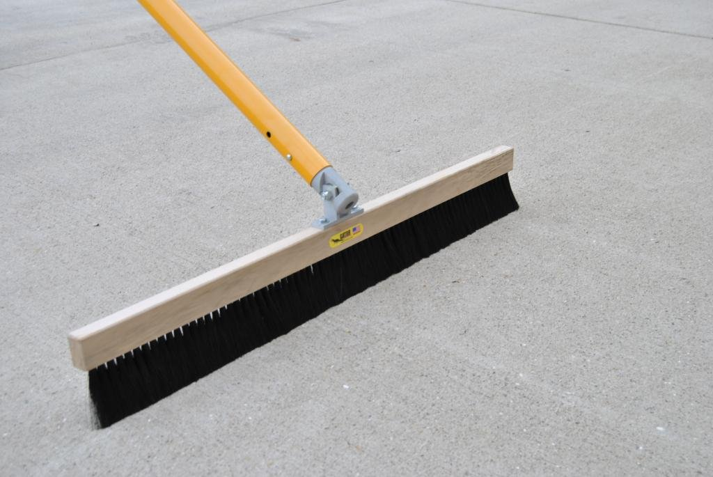 Gator Tool Concrete Broom Fine Synthetic Horse Hair 36'' (w/Automatic Swivel Bracket) by Gator Tool