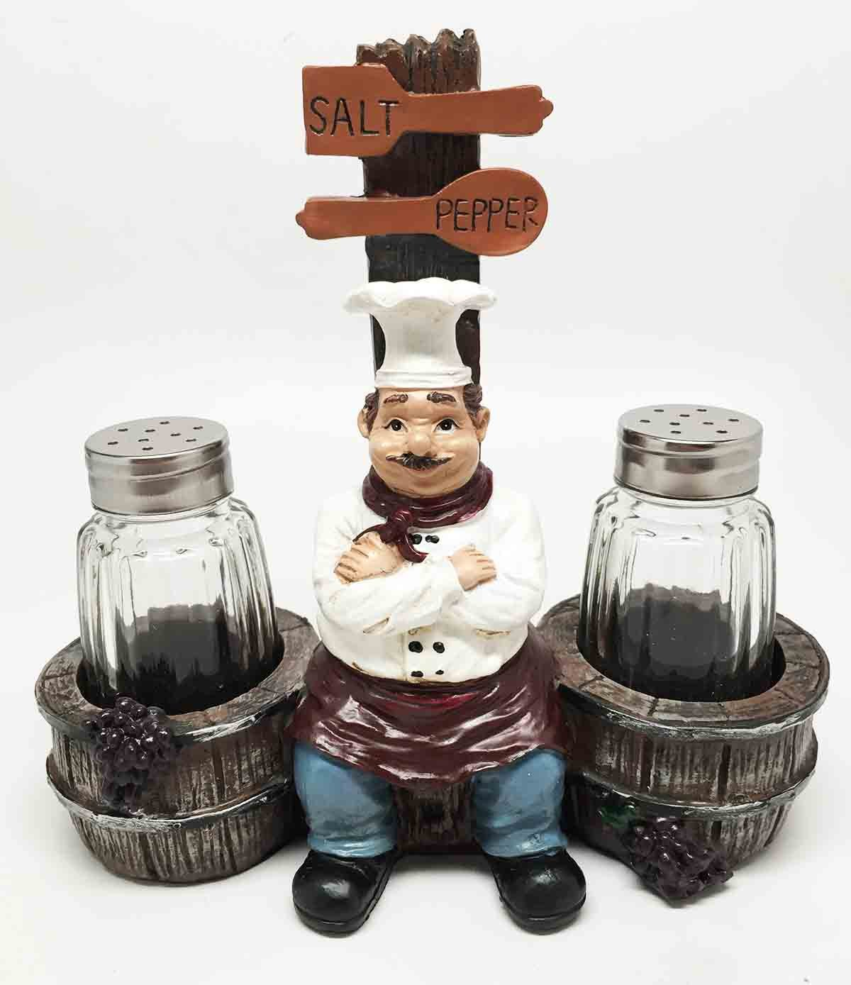Chef Le Cordon Bleu Sitting By Wooden Barrels Salt Pepper Shakers Holder Figurine