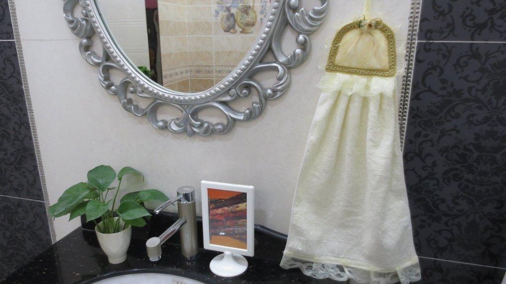 Violet Linen Luxurious and Elegant, Hand Towel, Beige by Violet Linen (Image #1)