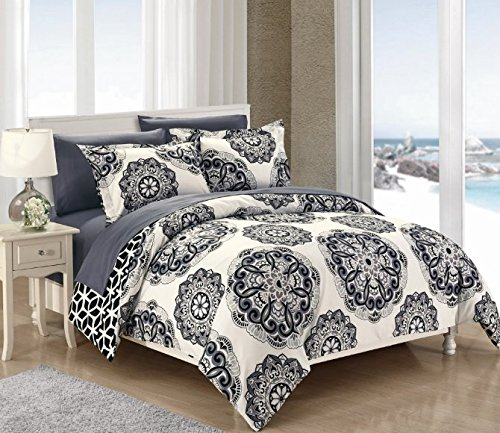 3 Piece Black White Medallion Themed Duvet Cover Queen Set