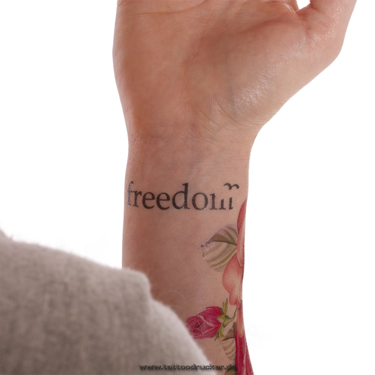 8605cf8a1 Amazon.com: 5 x Freedom Tattoo lettering in black (5): Home & Kitchen