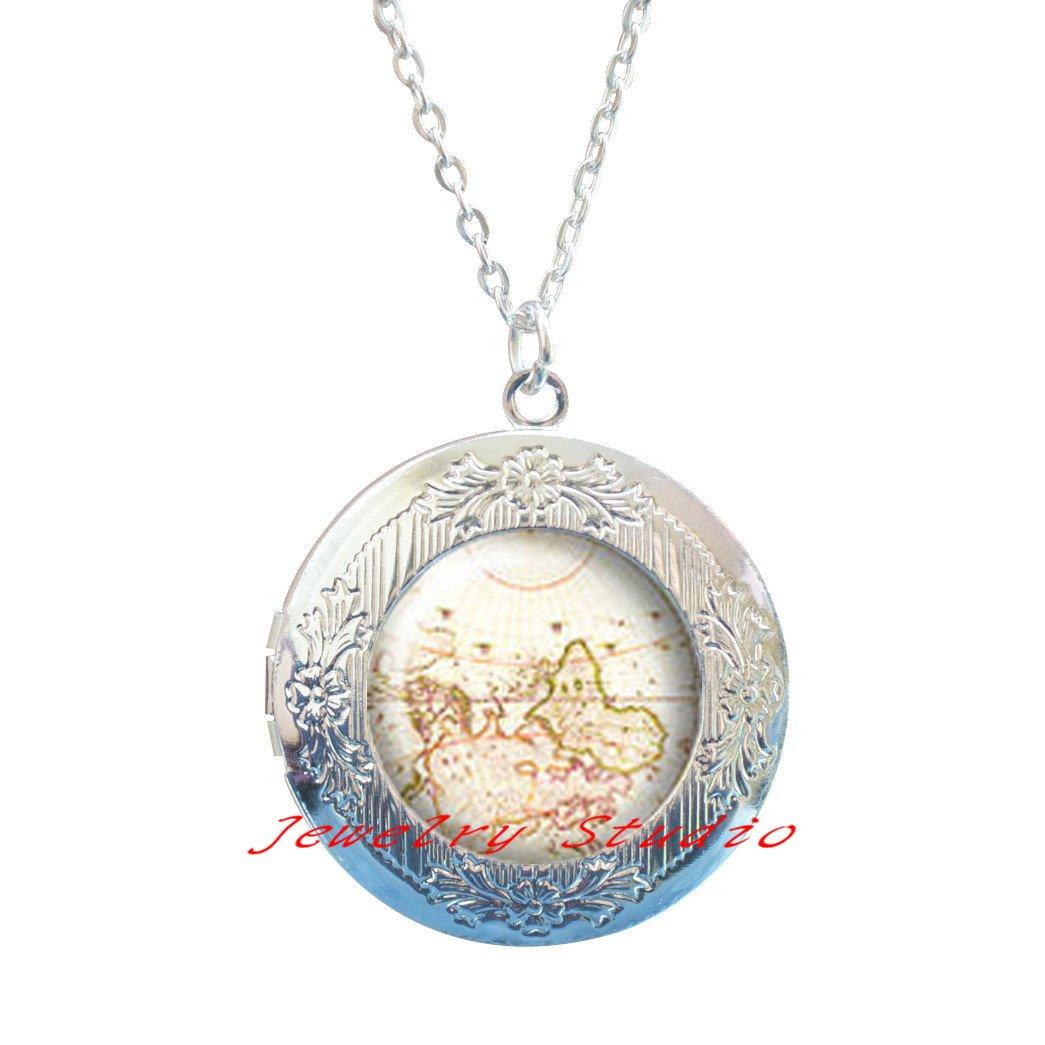 Locket Necklace clip,Globe Earth Locket Necklace World Map Jewelry-HZ00311 Map Locket Necklace Gift For Her Antique world map,Silver Locket Necklace jewelry Fashion Map