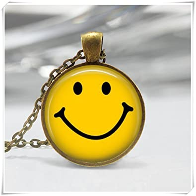 Amazon classic yellow smiley face necklace be happy emoticon classic yellow smiley face necklace be happy emoticon retro pop art pendant aloadofball Choice Image