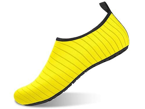 af08d0b895 GJRRX Aqua Shoes Escarpines Hombres Mujer Niños Zapatos de Agua Zapatillas  Ligeros de Secado Rápido para Swim Beach Surf Yoga 35-46  Amazon.es  Zapatos  y ...