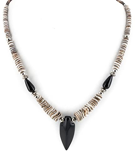 Shell and Onyx Pendant Necklace