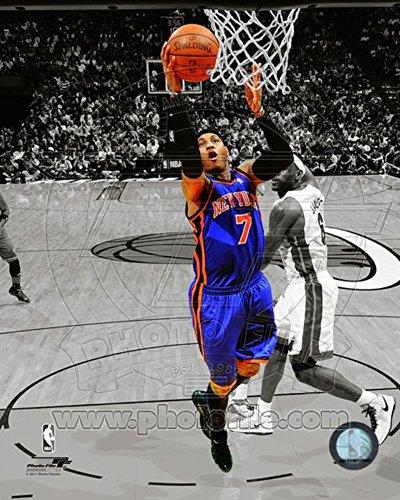 Carmelo Anthony 2010-11 Spotlight Action Photo 8 x ()
