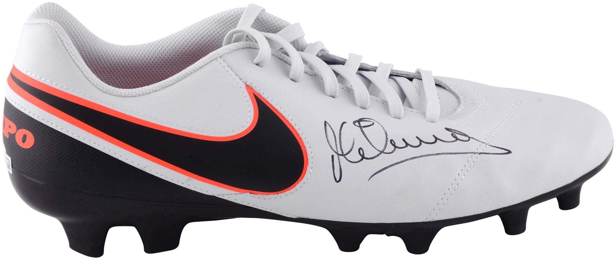 Michael Owen Liverpool Autographed Grey Nike Tiempo Soccer Cleat ICONS Fanatics Authentic Certified