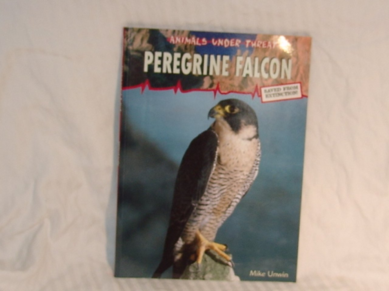 Read Online Peregrine Falcon (Animals Under Threat) PDF