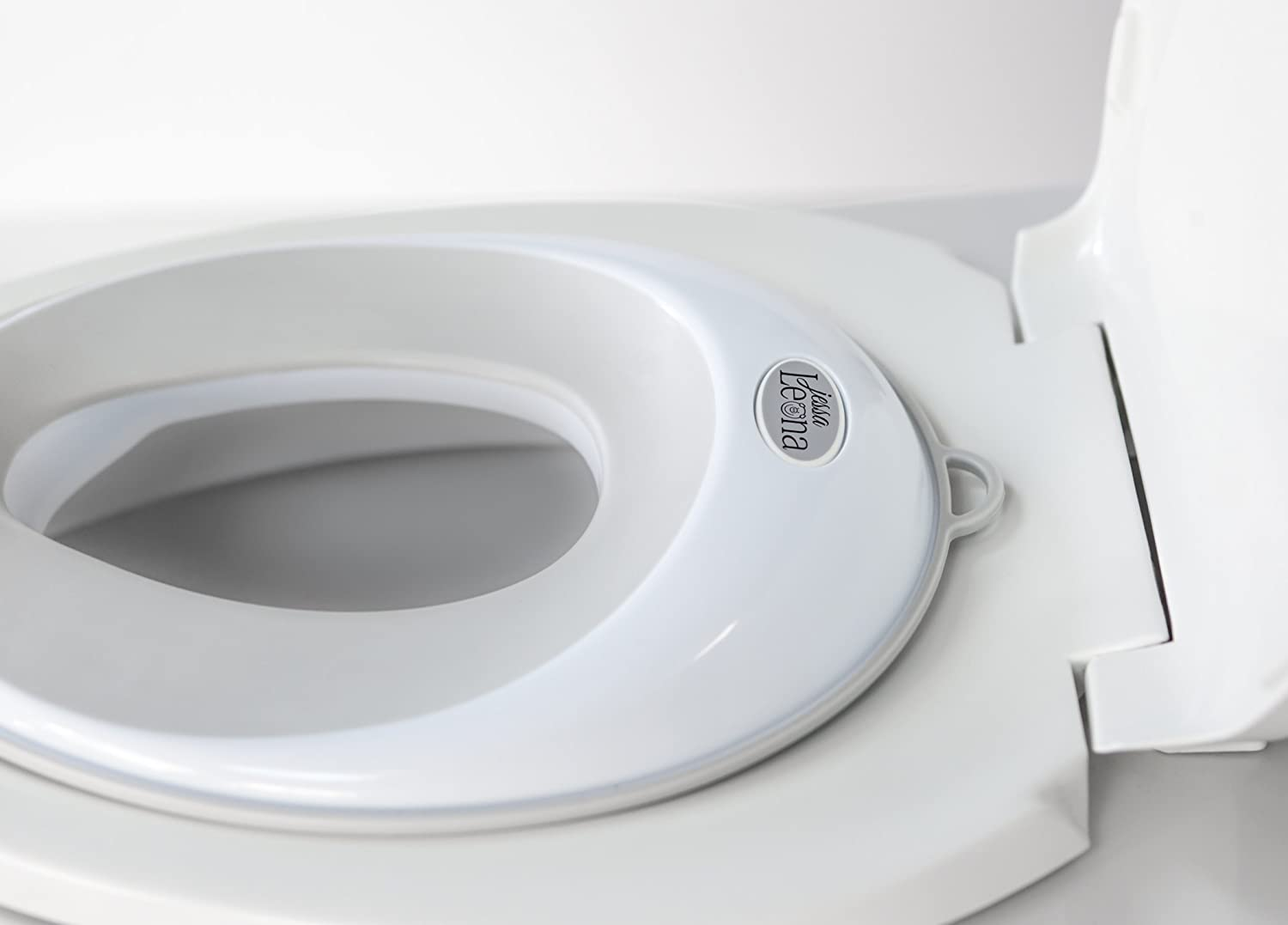 Potty Training Seat For Boys and Girls Secure Non-Slip Surface With Convenient Storage Hook Toddlers Potty Ring For Round And Oval Toilets