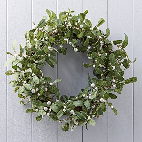 Gisela Graham Large Mistletoe Christmas Wreath 40cm. Willow faux foliage.