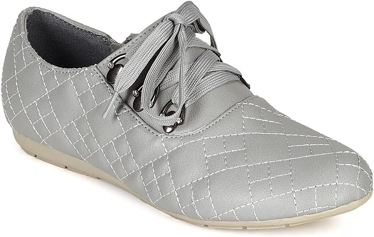 Nature Breeze Women Leatherette Round Toe Quilted Lace Up Sneaker CC13