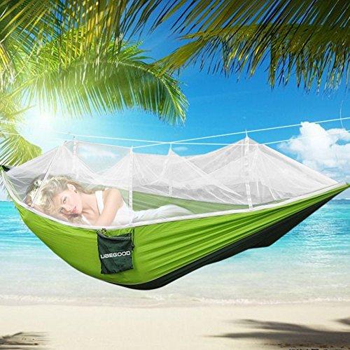 Hängematte , Ubegood [Belastung 200KG] Tragbaren Parachute Hängematte mit Moskitonetz [260 x130 cm] für Outdoor / Camping / Reisen (Grün und dunkelgrünen)