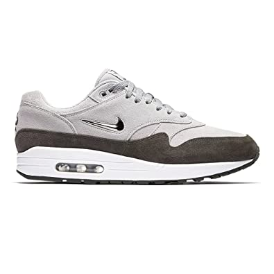 detailed look 7f3b6 38a5e NIKE Air Max 1 Premium SC - Wolf Grey Metallic Pewter  Amazon.co.uk  Shoes    Bags