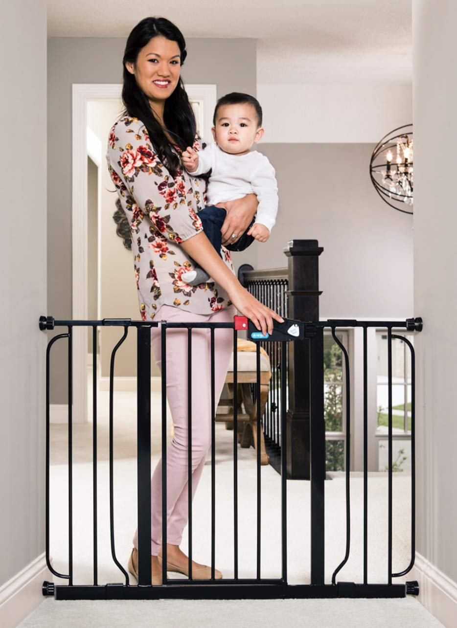 Regalo Easy Step 49-Inch Extra Wide Baby Gate, Includes 4-Inch and 12-Inch Extension Kit, 4 Pack of Pressure Mount Kit and 4 Pack of Wall Mount Kit, Black by Regalo