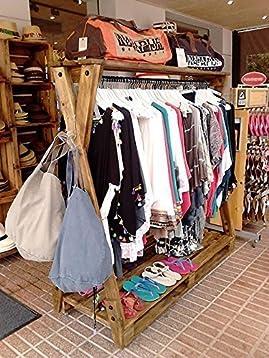 Burro perchero para ropa con palets reciclados
