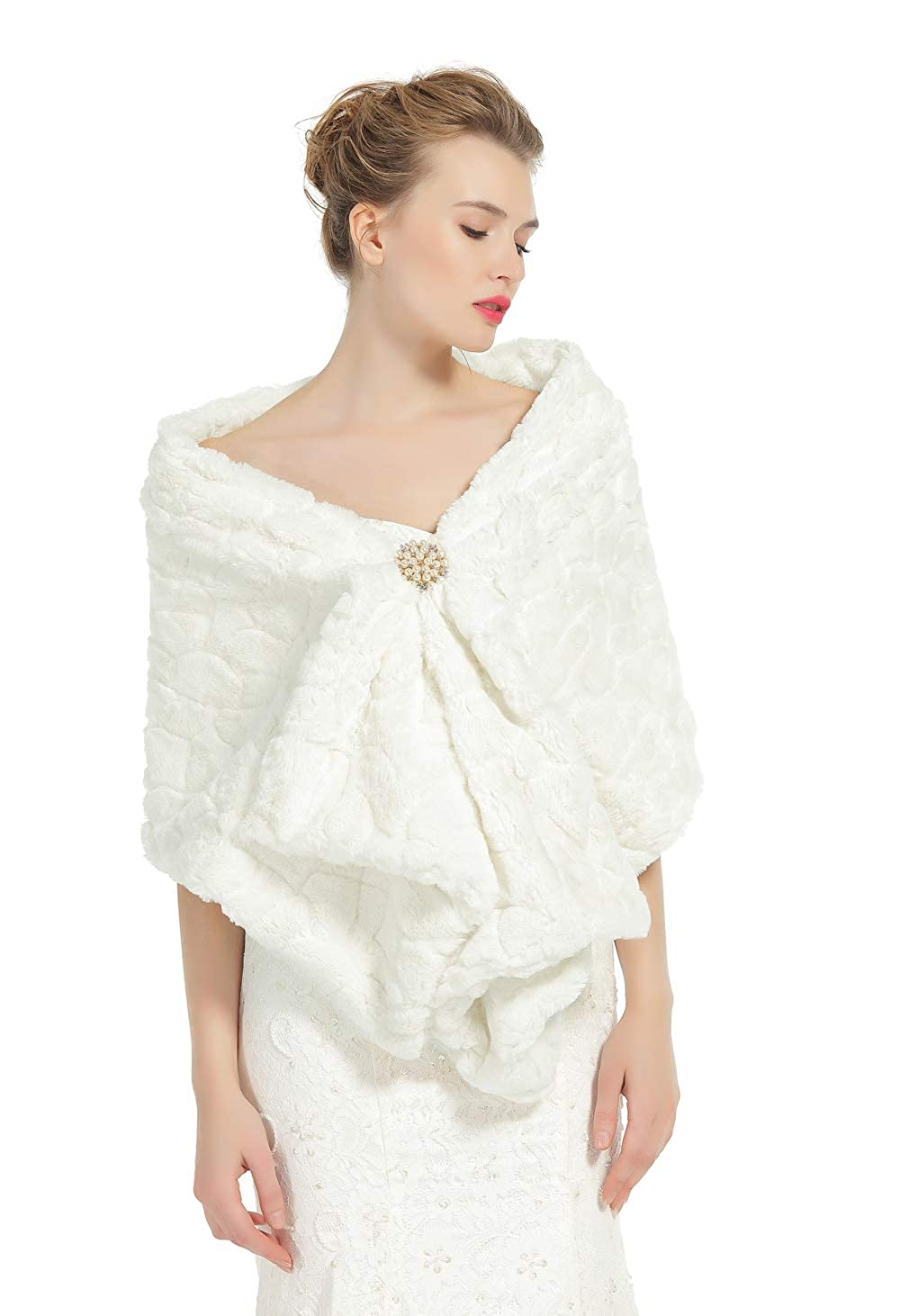 c1ba793cb17be Faux Fur Shawl Wedding Wrap Bridal Shrug Ivory Stole Winter Bridemaids  Cover Up 3 Patterns Free Brooch  Amazon.co.uk  Clothing