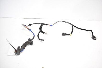 amazon com hyundai 12 16 veloster rear right door wiring harness hyundai veloster fuel door hyundai 12 16 veloster rear right door wiring harness wire wires 2012 2016