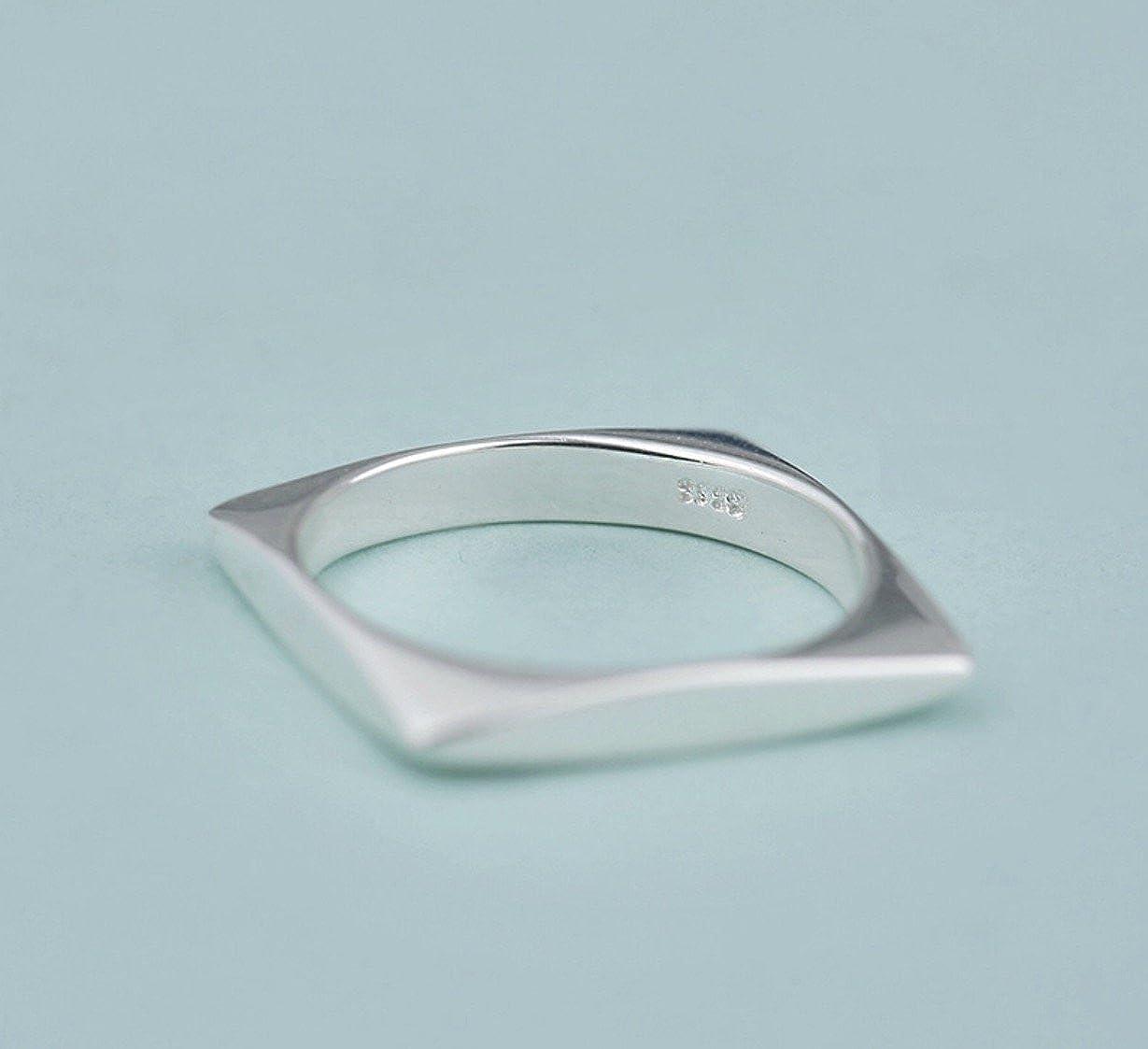 Iszie Jewellery con design geometrico a forma di barra anello in argento Sterling a forma di barretta