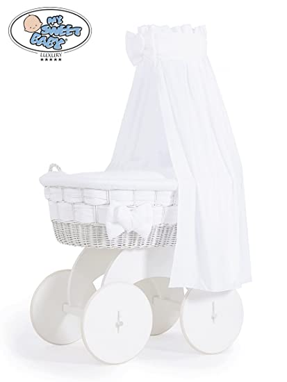 DE LUXE WHITE WICKER CRIB MOSES BASKET /& SOLID WHEELED BASE WITH BEDDING /& DRAPE