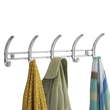 mDesign Perchero de pared metálico - Colgador de ropa con 10 ganchos - Cuelga ropa para
