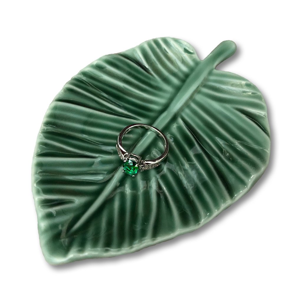 HOME SMILE Leaf Trinket Dish Decorative Ring Dish Holder for Jewelry Engagament Wedding Birthday Gifts