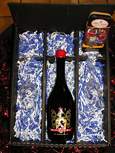 New World: Wetzel Estate Valentine's Day Port Wine Gift Set, 500 mL
