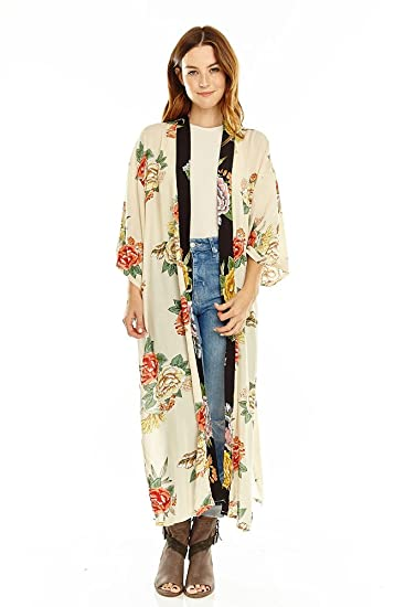 5479c56e7 Amazon.com: Lulla Collection Women's Cream Floral Print Kimono: Clothing