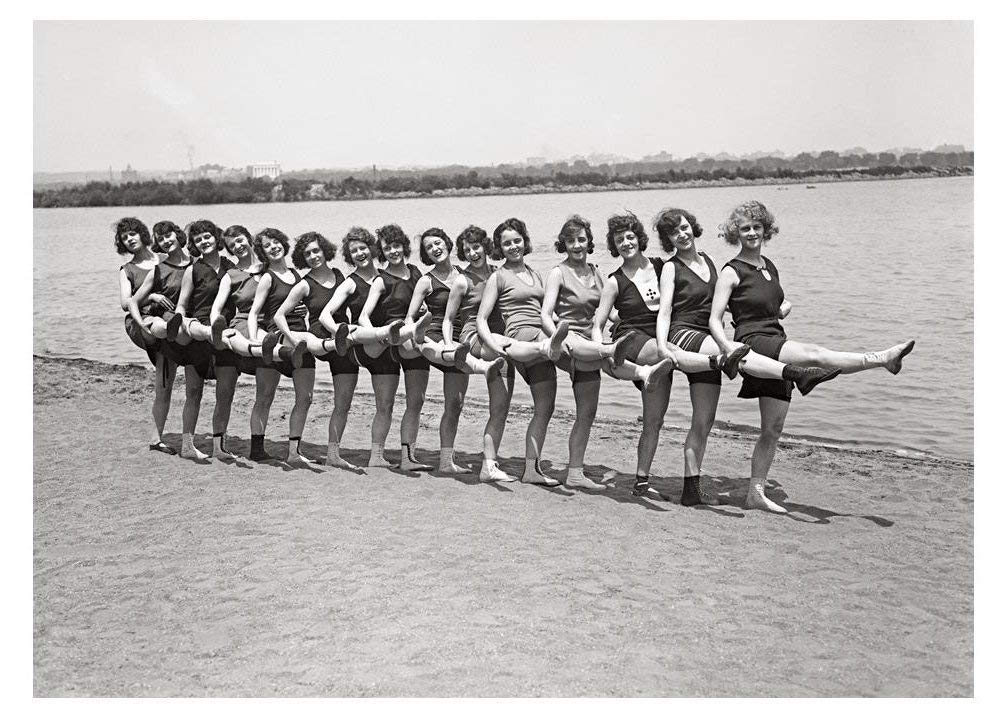 Wonderful Women VWW4-6 Vintage Photo Greeting Cards Lee Size Set of 6