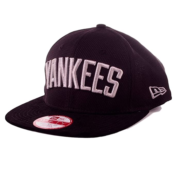 Capellino New Era - Suede Arch 9fifty Mlb New York Yankees Nero S M  Amazon. it  Abbigliamento 54bba9dd054c
