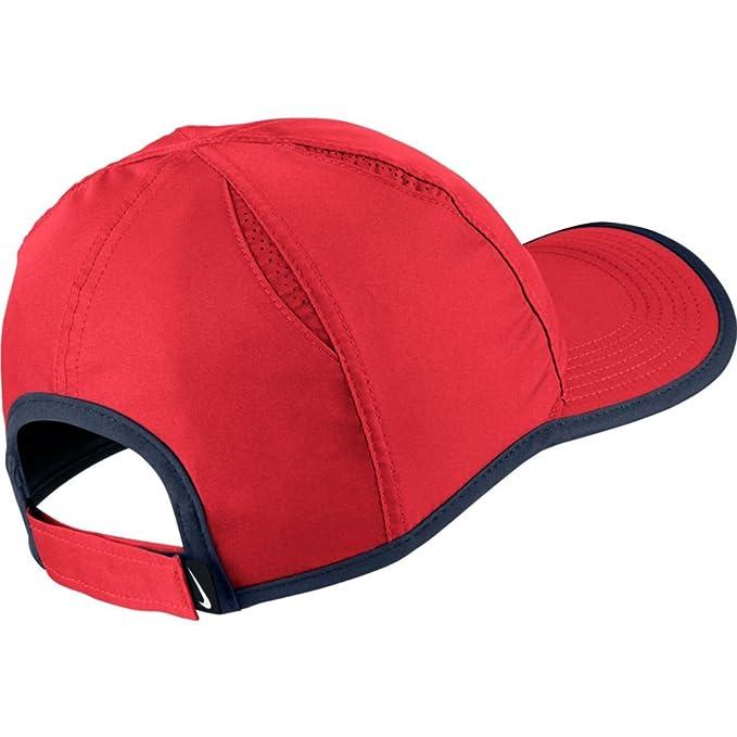 3faf44027330c Amazon.com  NIKE AeroBill Featherlight Cap  Nike  Sports   Outdoors