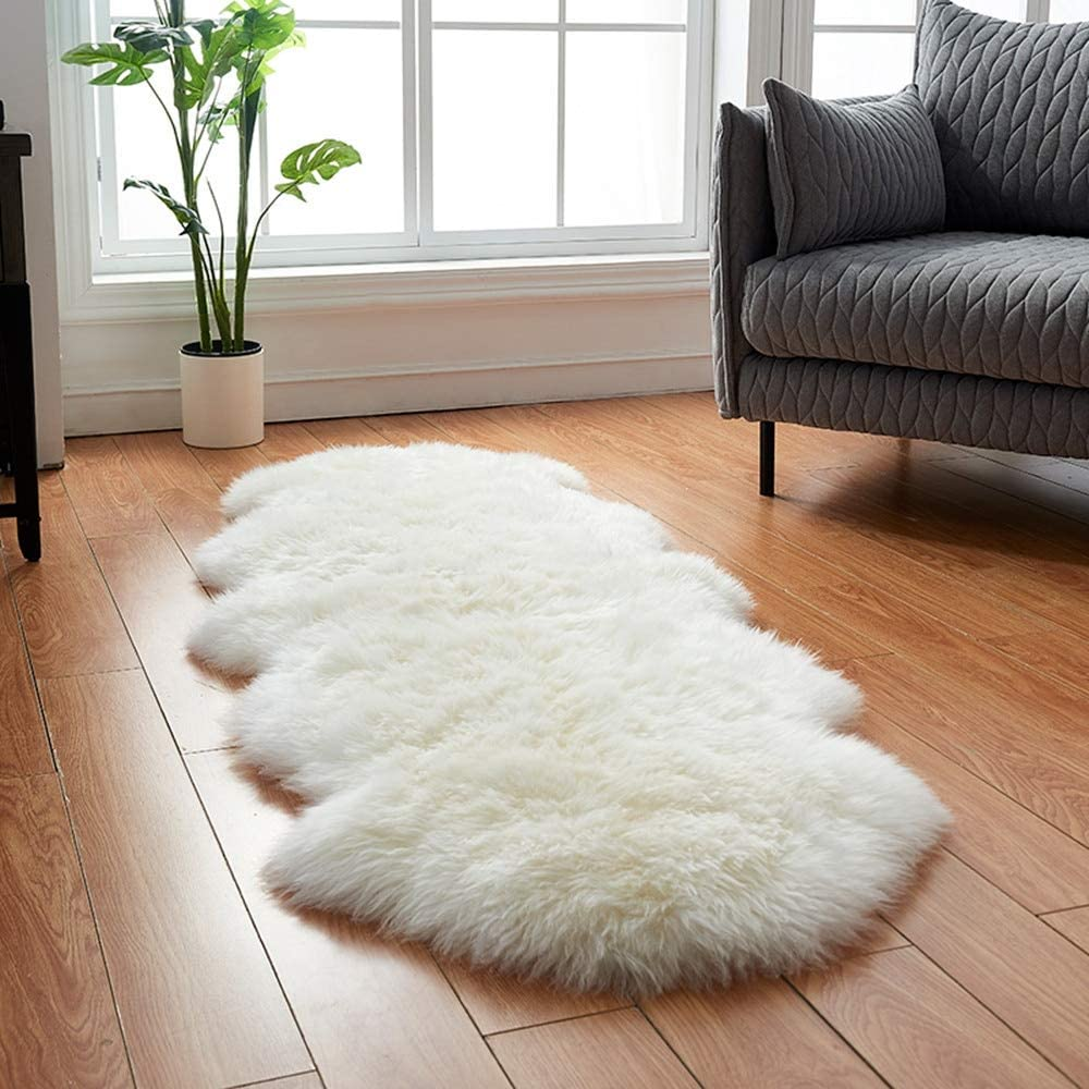HUAHOO White Sheepskin Rug Double Pelt Natural Fur Blanket Seat Covers -2ft x 6ft Genuine Sheepskin Rug for Kids Bedroom Sofa Chair Cover Seat Cushion Pad Pets Dogs Mat