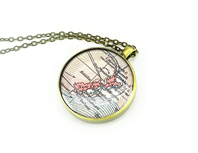 1891 New Zealand Map Necklace Memorial Birthday Gift For Girlfriend Amazoncouk Jewellery