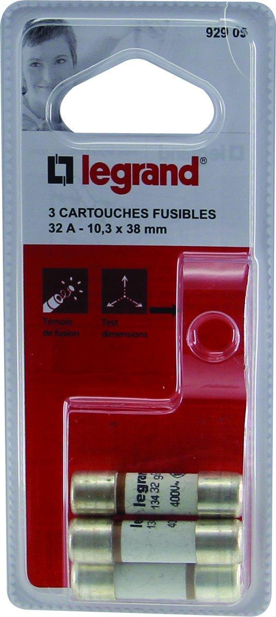 Legrand LEG92905 3 Cartouches Fusibles 32 A 10, 3 x 38 Protection accessoire tableau electrique coffret bornes embout porte barrette bornier peigne support rail fixation