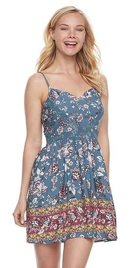 Amazon Com Trixxi Three Pink Hearts Juniors Floral Skater Dress